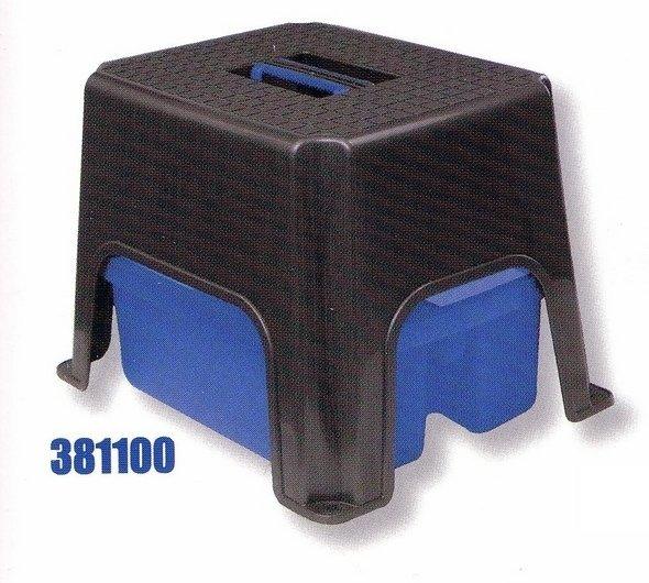 Univerzálna stolička s plastovým boxom na náradie - komplet 1