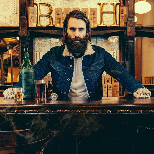 Olej na bradu Ricki Hall 's Booze & baccata 10ml 4