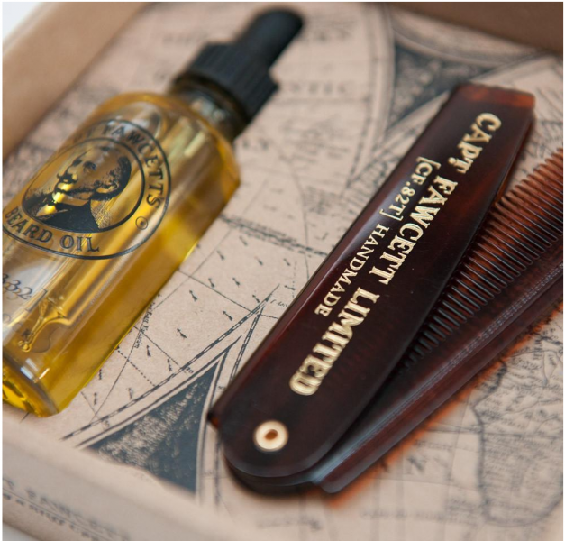 Darčeková sada oleja na bradu a cestovného hrebeňa 3
