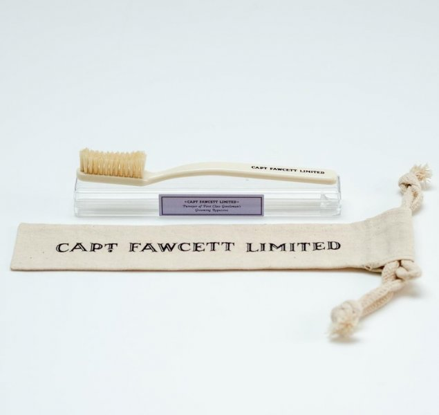 Zubná kefka Captain Fawcett