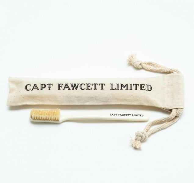Zubná kefka Captain Fawcett 2